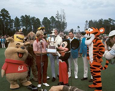 Jack-Nicklaus-with-Characters-Award-Presentation